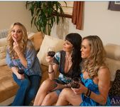 Julia Ann, Brandi Love, Eva Karera - My Friend's Hot Mom 9