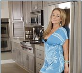 Nikki Sexx - Housewife 1 on 1 4