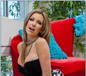 Courtney Cummz - Housewife 1 on 1 3