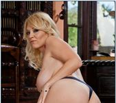 Charlee Chase - Seduced By A Cougar 8