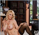 Charlee Chase - Seduced By A Cougar 9