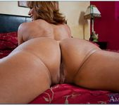 Tara Holiday - Housewife 1 on 1 8