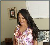 Mariah Milano - Housewife 1 on 1 2