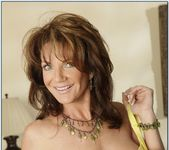 Deauxma - Seduced By A Cougar 5