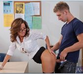 Veronica Avluv - My First Sex Teacher 21