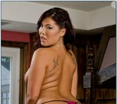 London Keyes - Neighbor Affair 8