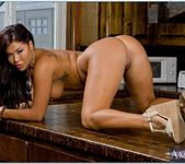 London Keyes - Neighbor Affair 10