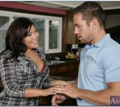 London Keyes - Neighbor Affair 13
