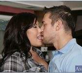 London Keyes - Neighbor Affair 14