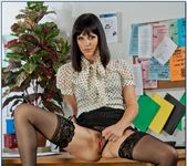 Bobbi Starr - Naughty Office 4