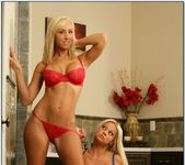 Jessica Lynn, Nikita Von James - 2 Chicks Same Time 4