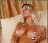 Klarisa Leone - I Have a Wife 8