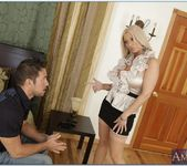 Isabella Rossa - Seduced By A Cougar 11