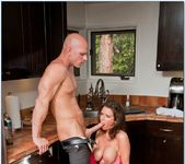 Veronica Avluv - Seduced By A Cougar 23