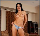 Zoey Holloway - Seduced By A Cougar 3