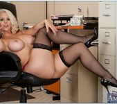 Mandy Sweet - Seduced By A Cougar 8