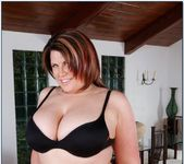 Lisa Sparxxx - My Friend's Hot Mom 2