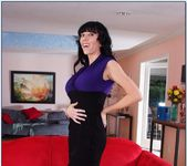 Alia Janine - My Friend's Hot Mom 2