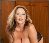 Kandi Cox - My Friend's Hot Mom 5