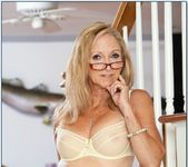 Annabelle Brady - My Friend's Hot Mom 3
