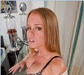 Nikki Delano - Housewife 1 on 1 4