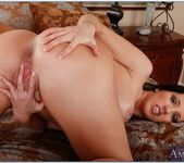 Kelly Divine - Housewife 1 on 1 8