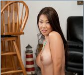 Beti Hana - Housewife 1 on 1 7