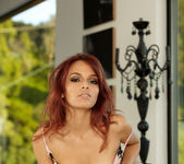 Valerie Rios - VIPArea 22