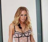 Nicole Aniston - VIPArea 2