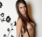 Tiffany Thompson - VIPArea 6