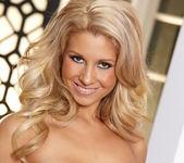 Natalie Vegas - VIPArea 17