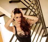 Raven Alexis - VIPArea 11