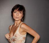 Zoe Voss - VIPArea 7