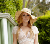 Heather Vandeven - VIPArea 4
