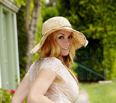 Heather Vandeven - VIPArea 16