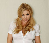 Alisha King - VIPArea 14