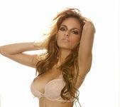 Valerie Rios - VIPArea 3