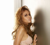 Valerie Rios - VIPArea 20