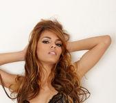 Valerie Rios - VIPArea 9