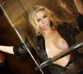 Alisha King - VIPArea 11