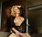 Alisha King - VIPArea 30