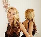 Ashlynn Brooke - VIPArea 24