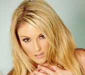 Samantha Ryan - VIPArea 4