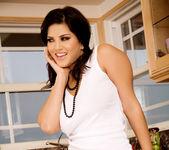 Sunny Leone - VIPArea 10