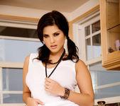 Sunny Leone - VIPArea 14