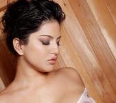 Sunny Leone - VIPArea 22