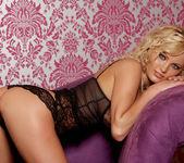 Hanna Hilton - VIPArea 16
