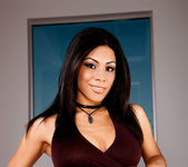 Cassandra Cruz - VIPArea 11