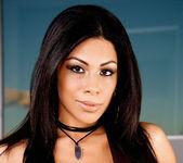 Cassandra Cruz - VIPArea 12
