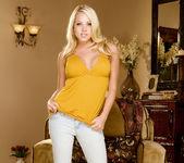 Shawna Lenee - VIPArea 10